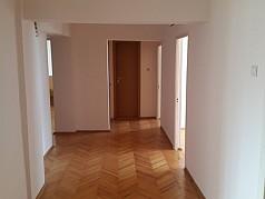 Apartament 5 camere Titan