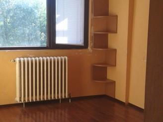 Apartament 5 camere Titan-Minis